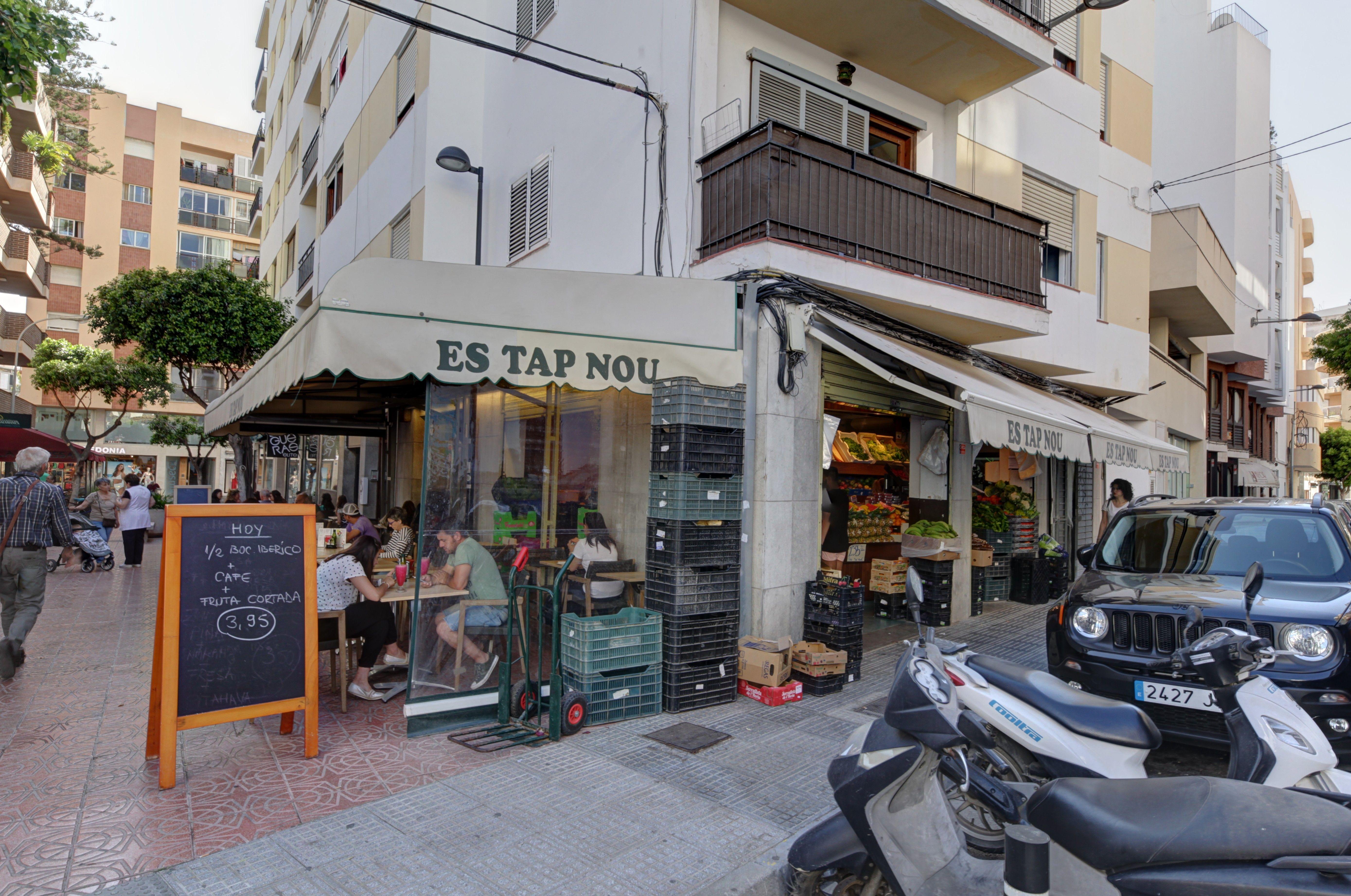 Es Tap Nou cafetería en Ibiza