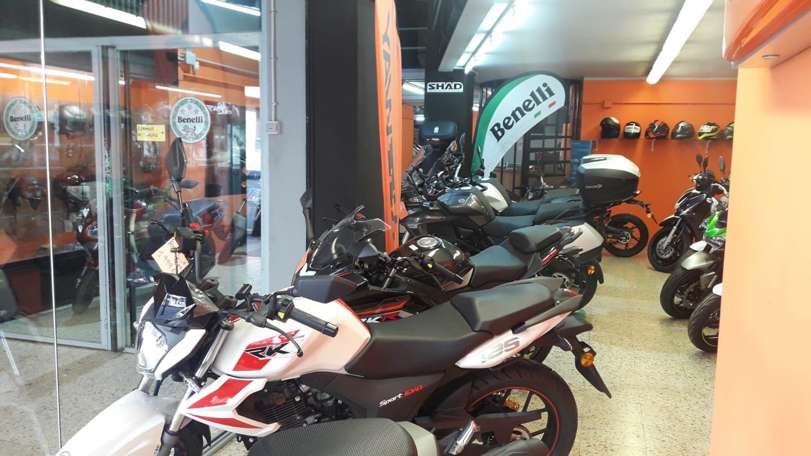Foto 3 de Motos en    Moto Sport Lleida