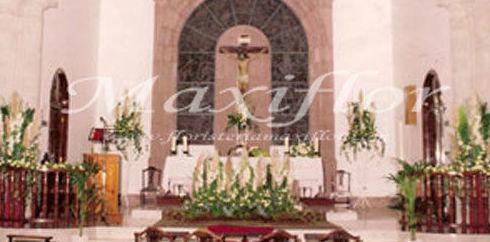 Arreglos florales para iglesias