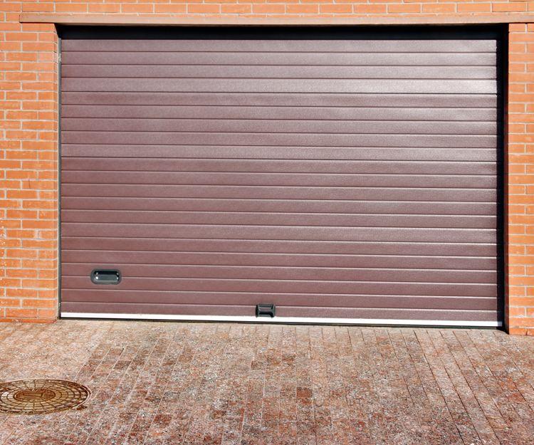 Puertas de garaje metálicas