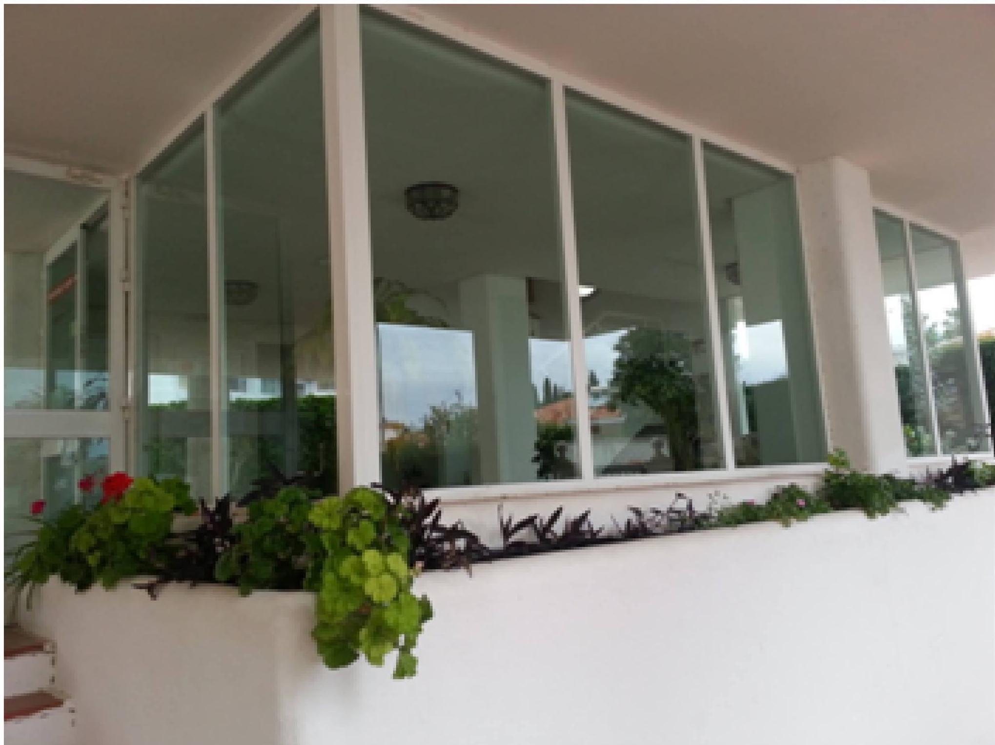 Limpieza de cristales en ventanales