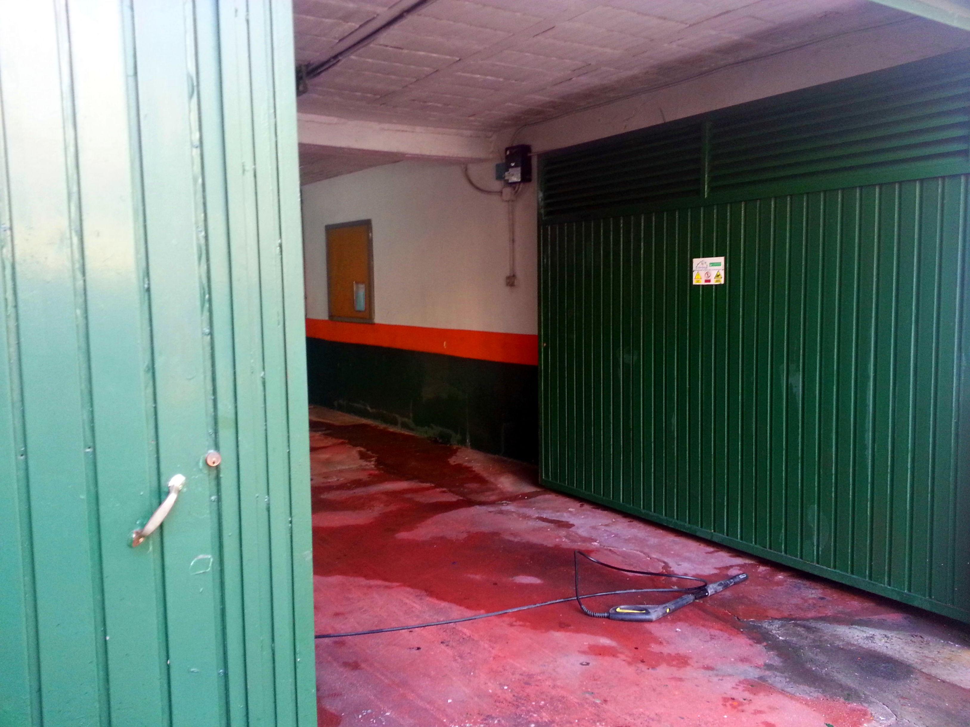 Limpieza de Garaje con Máquina de agua a Presión
