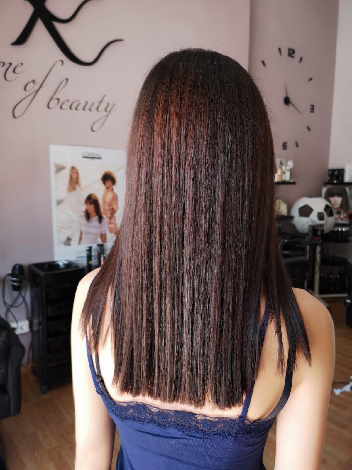 Un look con el que acertarás: el corte de pelo recto.