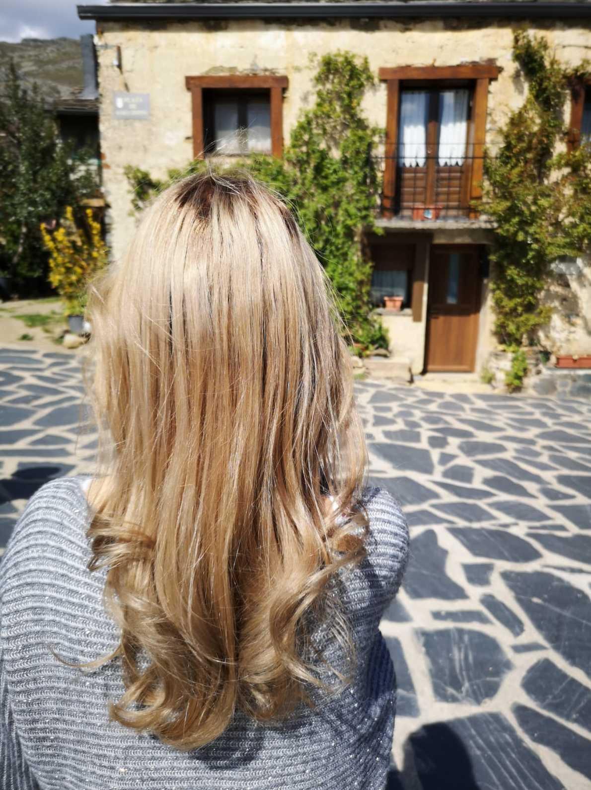 Estilismo con ondas para cabello largo