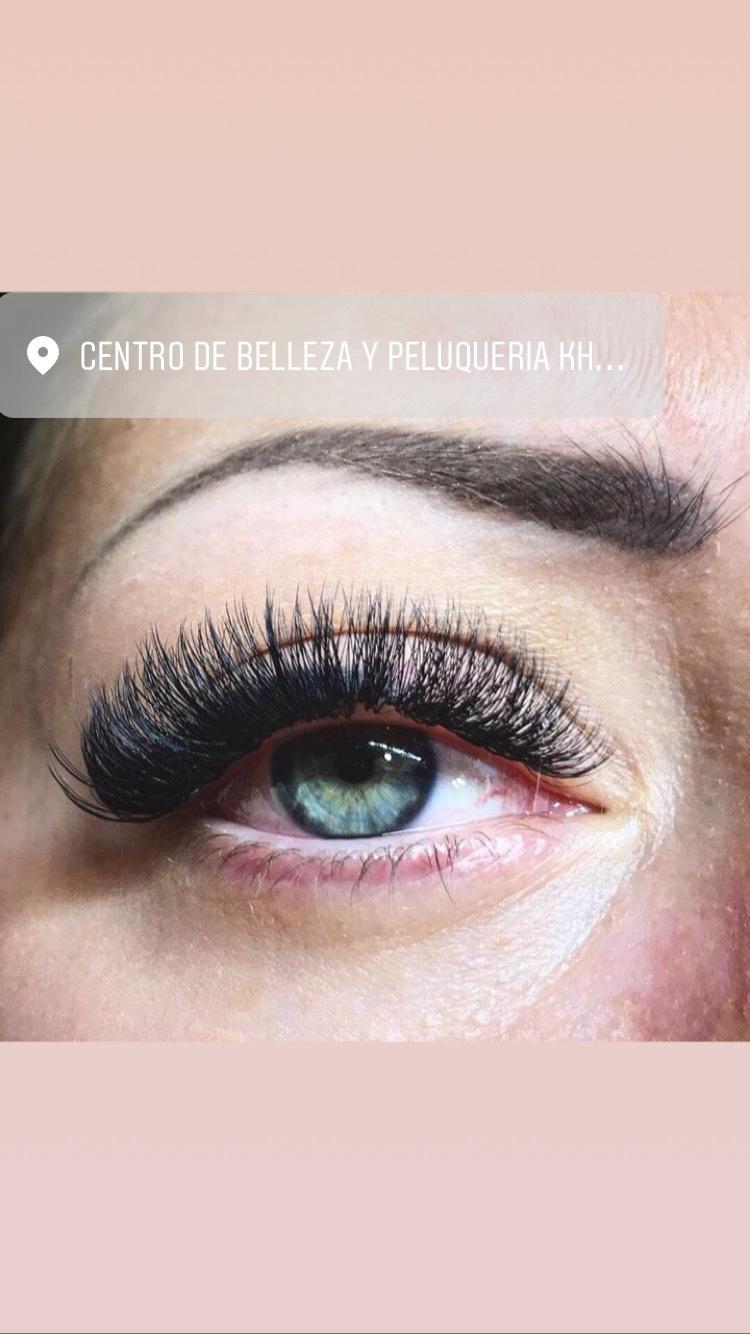pestañas pelo a pelo valencia   Khrystyna Karasenko
