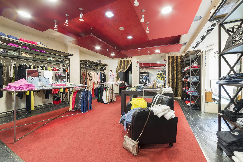 Moda y complementos de grandes firmas al mejor precio en Alicante