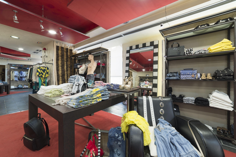 Boutique de moda al mejor precio en Dolores, Alicante