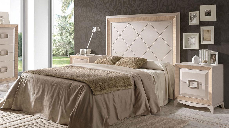 Dormitorio de matrimonio de estilo clásico