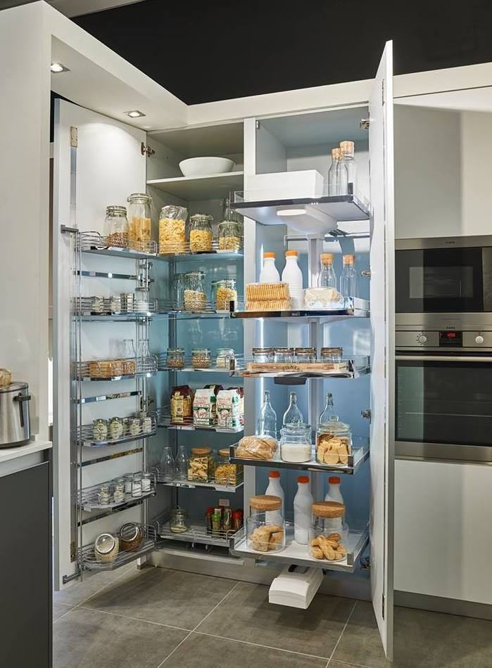Los Sistemas Tandem y Lavido Plus para Despensas proporcionan una mayor capacidad y ordenación de los alimentos.