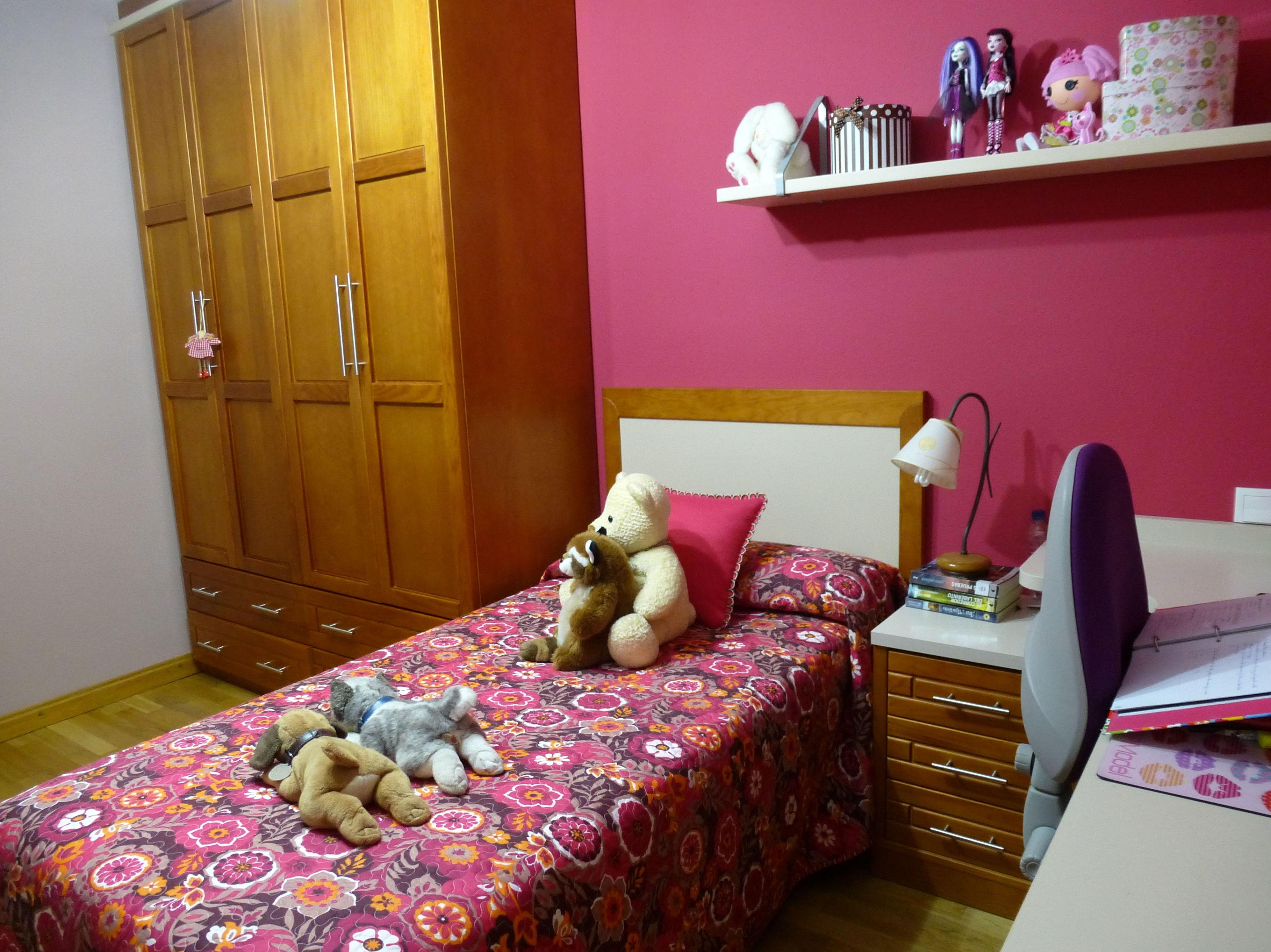 Dormitorio juvenil de estilo clásico