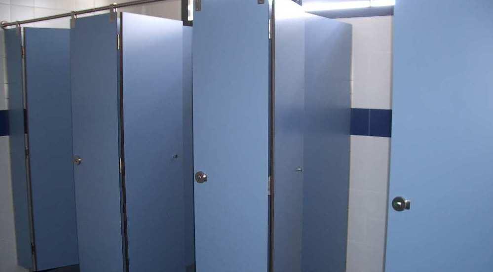 Cabinas sanitarias IMFASA modelo INOX