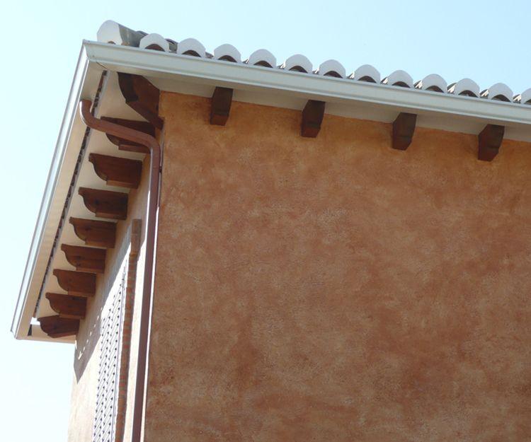 Trabajos de instalación de canalones de cobre en Valencia