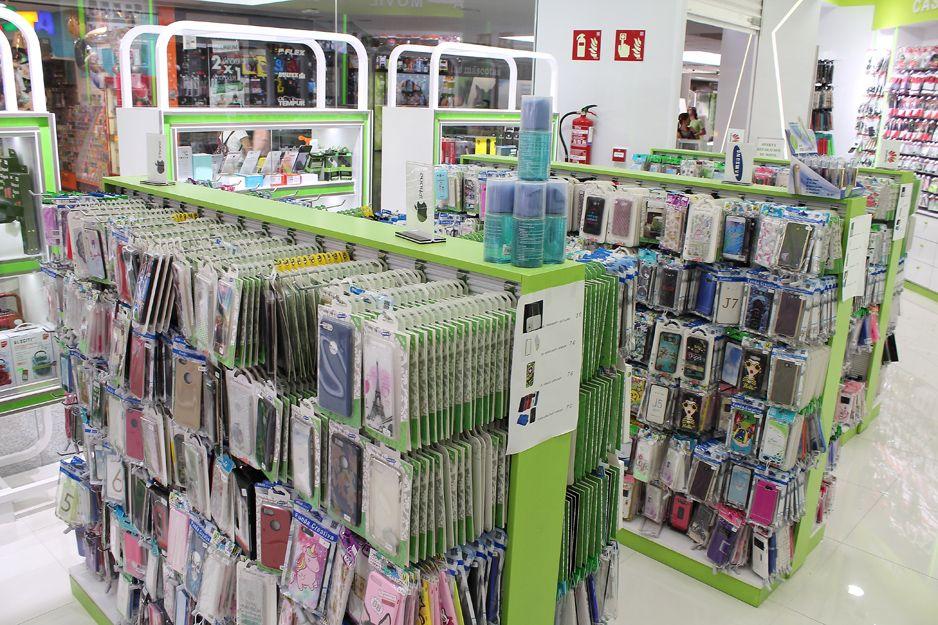 Telefonía móvil y accesorios en Casa Móvil, Madrid