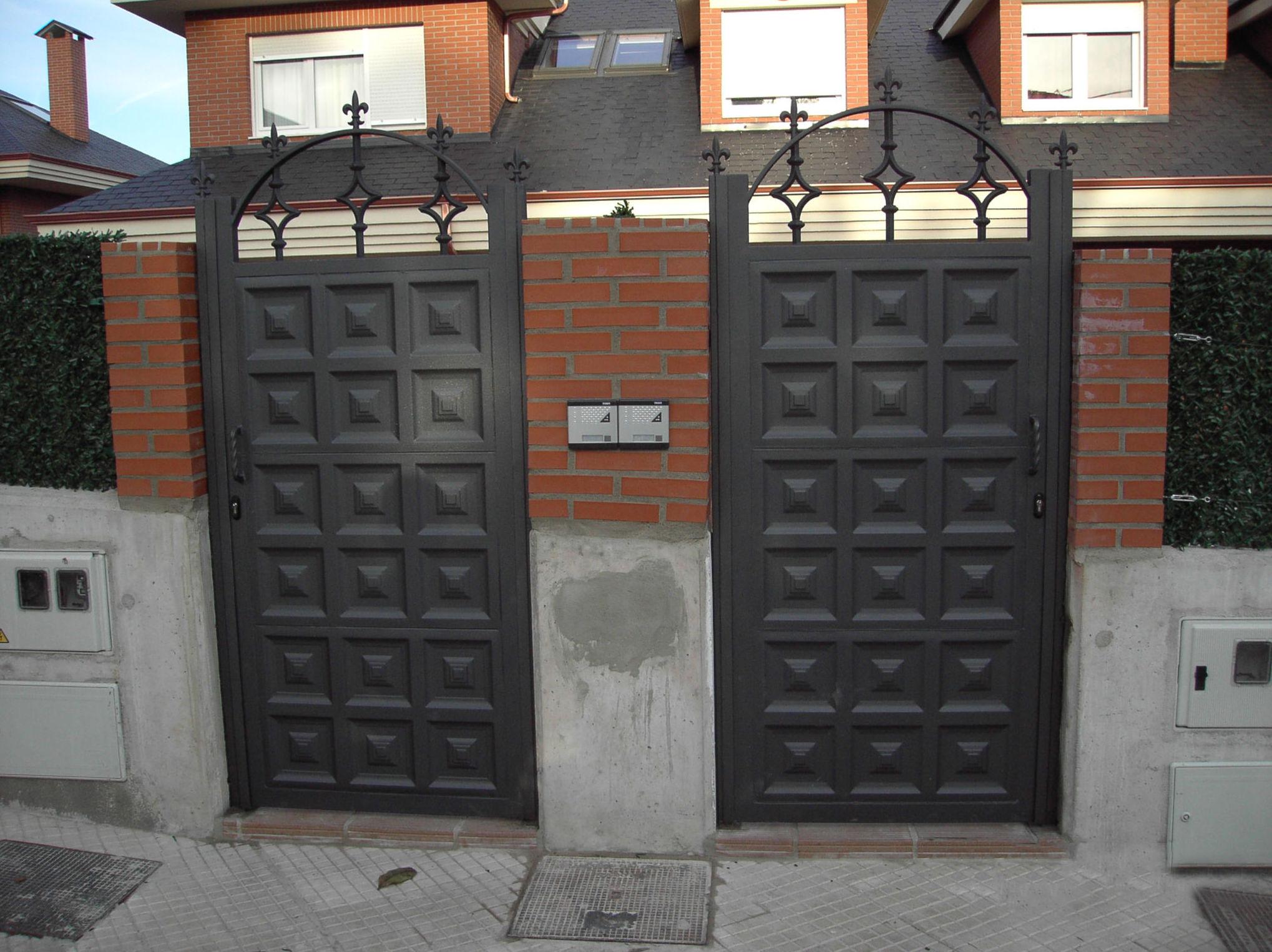 Foto 9 de carpinter a de aluminio met lica y pvc en pontejos met licas mergo s l - Disenos de puertas metalicas ...