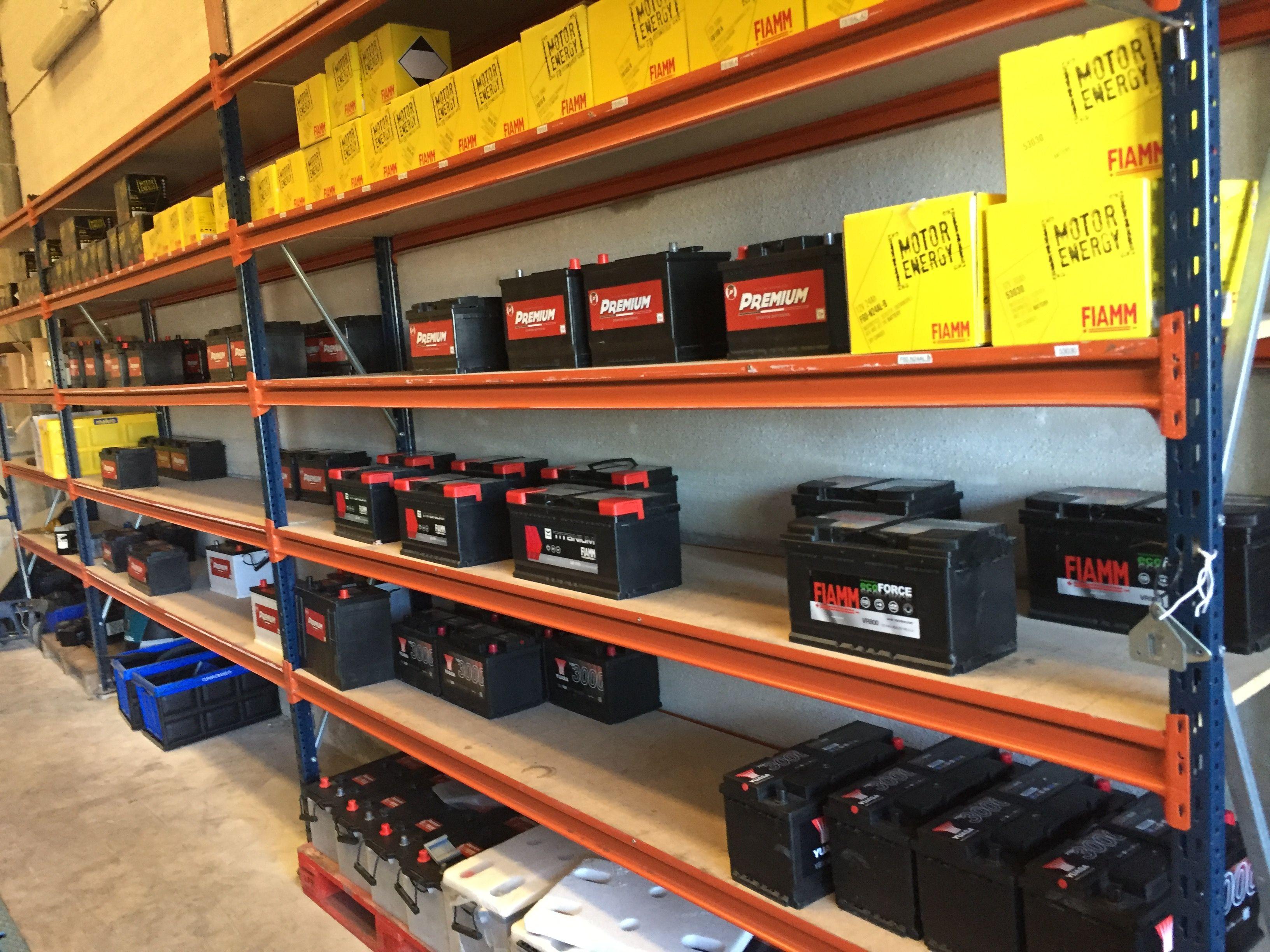 Baterías de marcas líderes en el sector en Sevilla