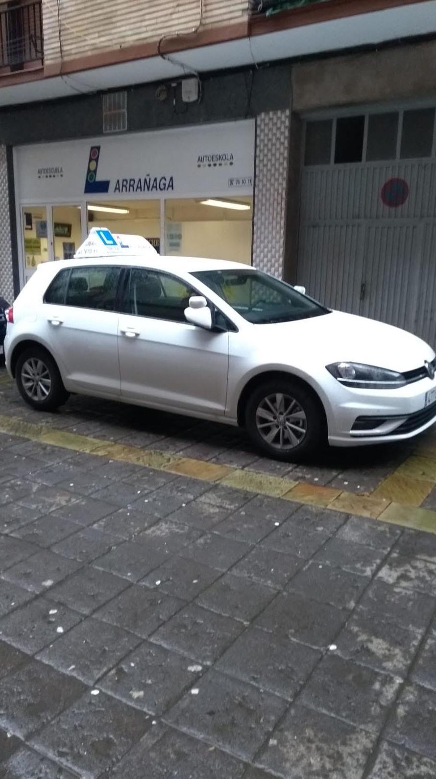 Nuevo vehículo de Autoeskola Larrañaga en Bergara