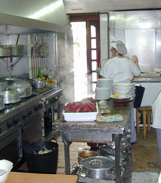 La cocina, el corazón del restaurante en A Coruña