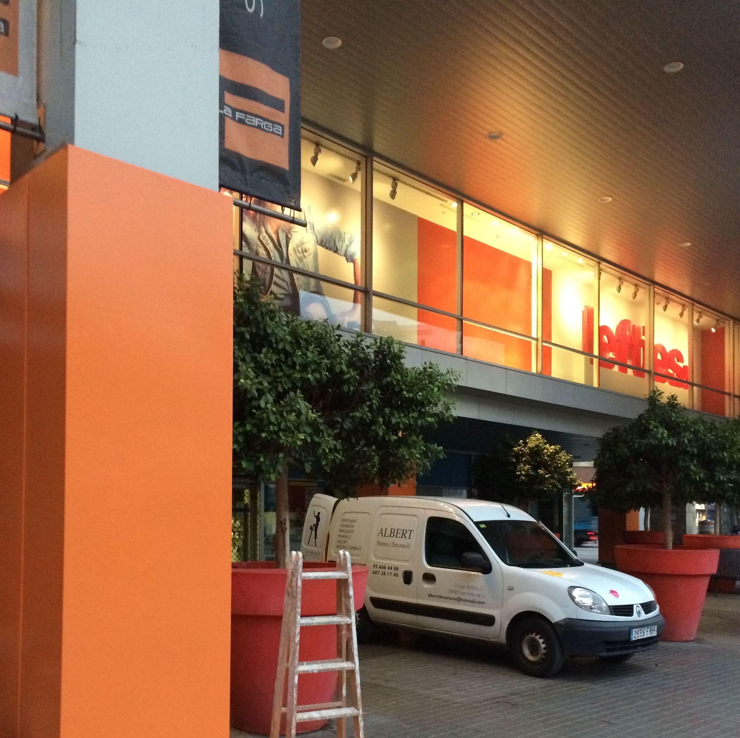 Foto 57 de Pintores en Sant Feliu de Llobregat | Albert Pintura y Decoración