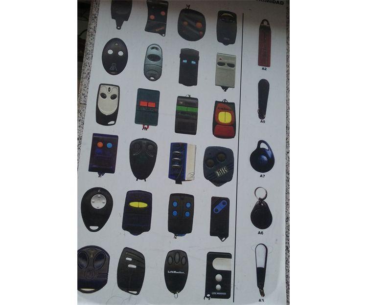Gran variedad de mandos a distancia originales