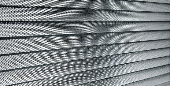 Fabricación y montaje de persianas y mosquiteras en Vall\u002Dllobrega (Girona)