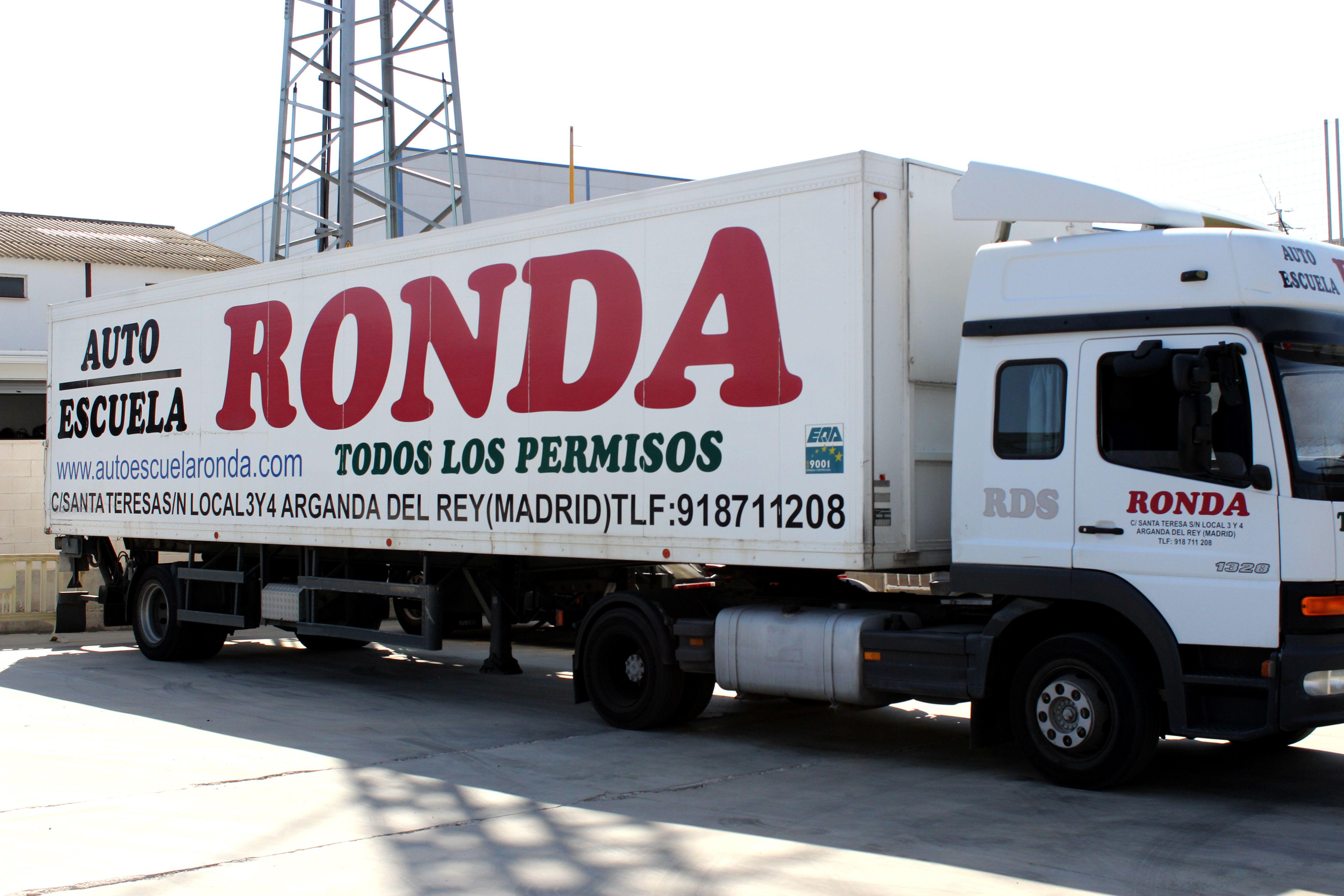 Foto 2 de Autoescuelas en Arganda del Rey | Autoescuela Ronda