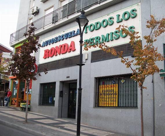 Foto 1 de Autoescuelas en Arganda del Rey | Autoescuela Ronda