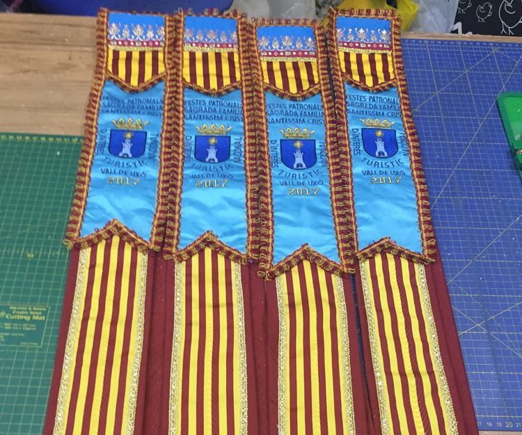 Bordado de bandas en Castellón