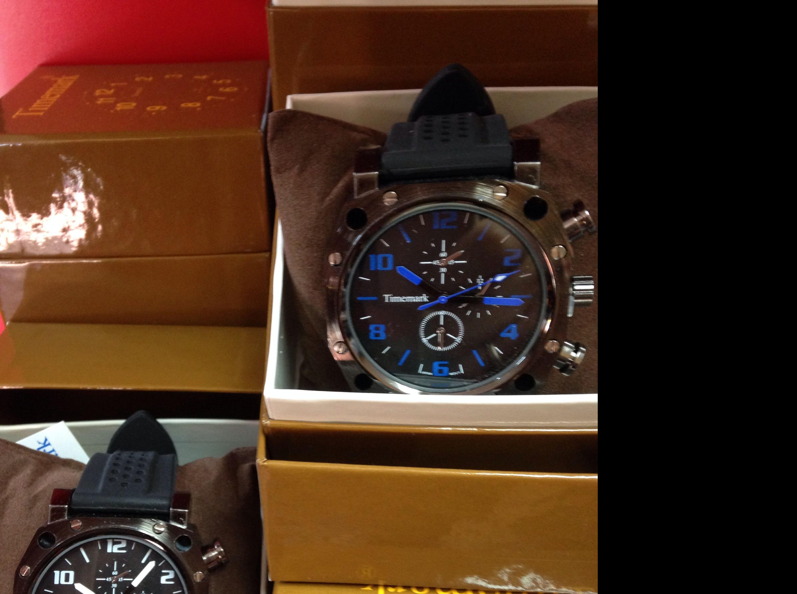 Reloj alta calidad 9,95€ muchos modelos: Productos y servicios de Comercial Cash Logon