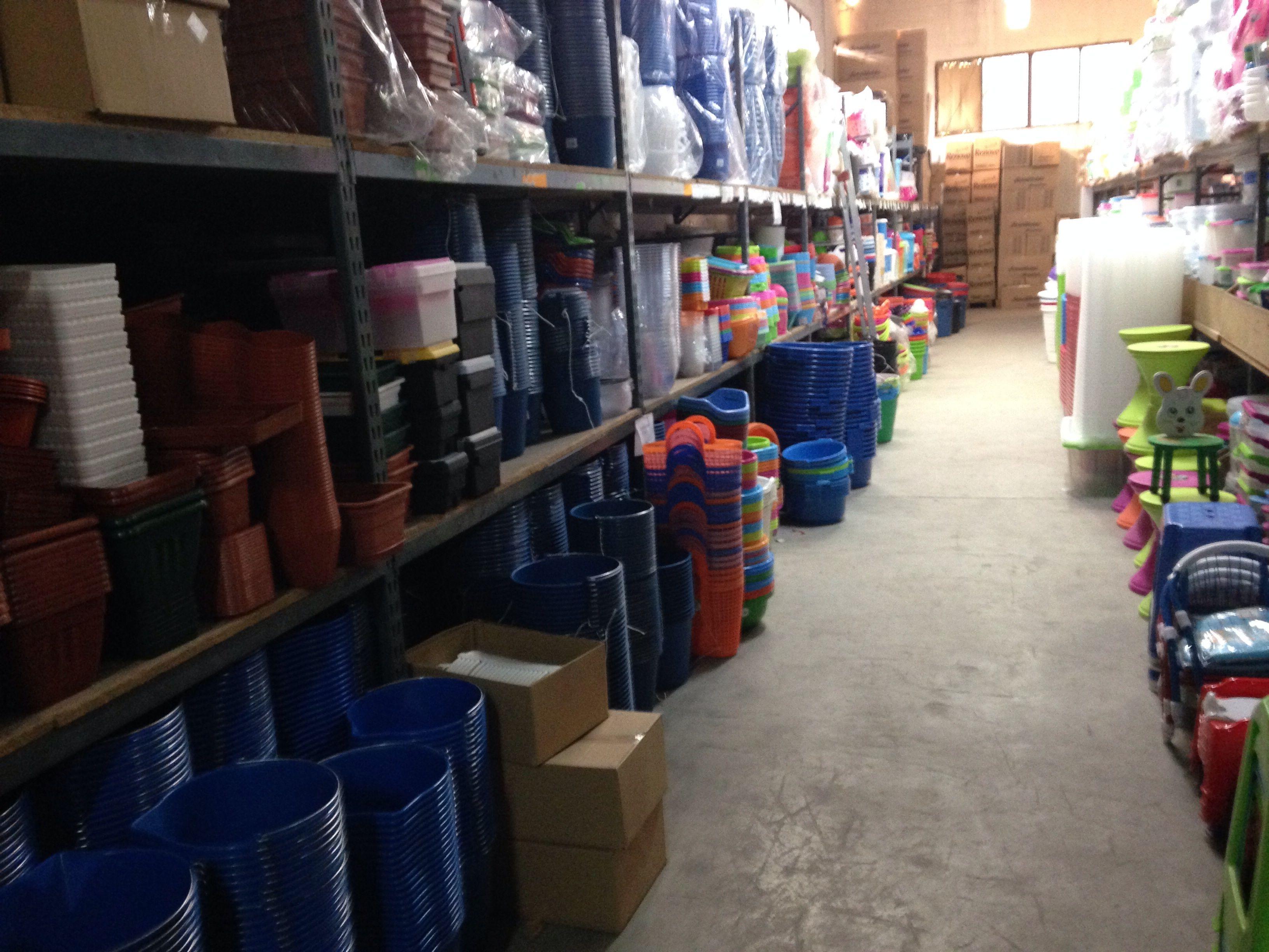 Cubos, barreńos, cestos, capazo ect