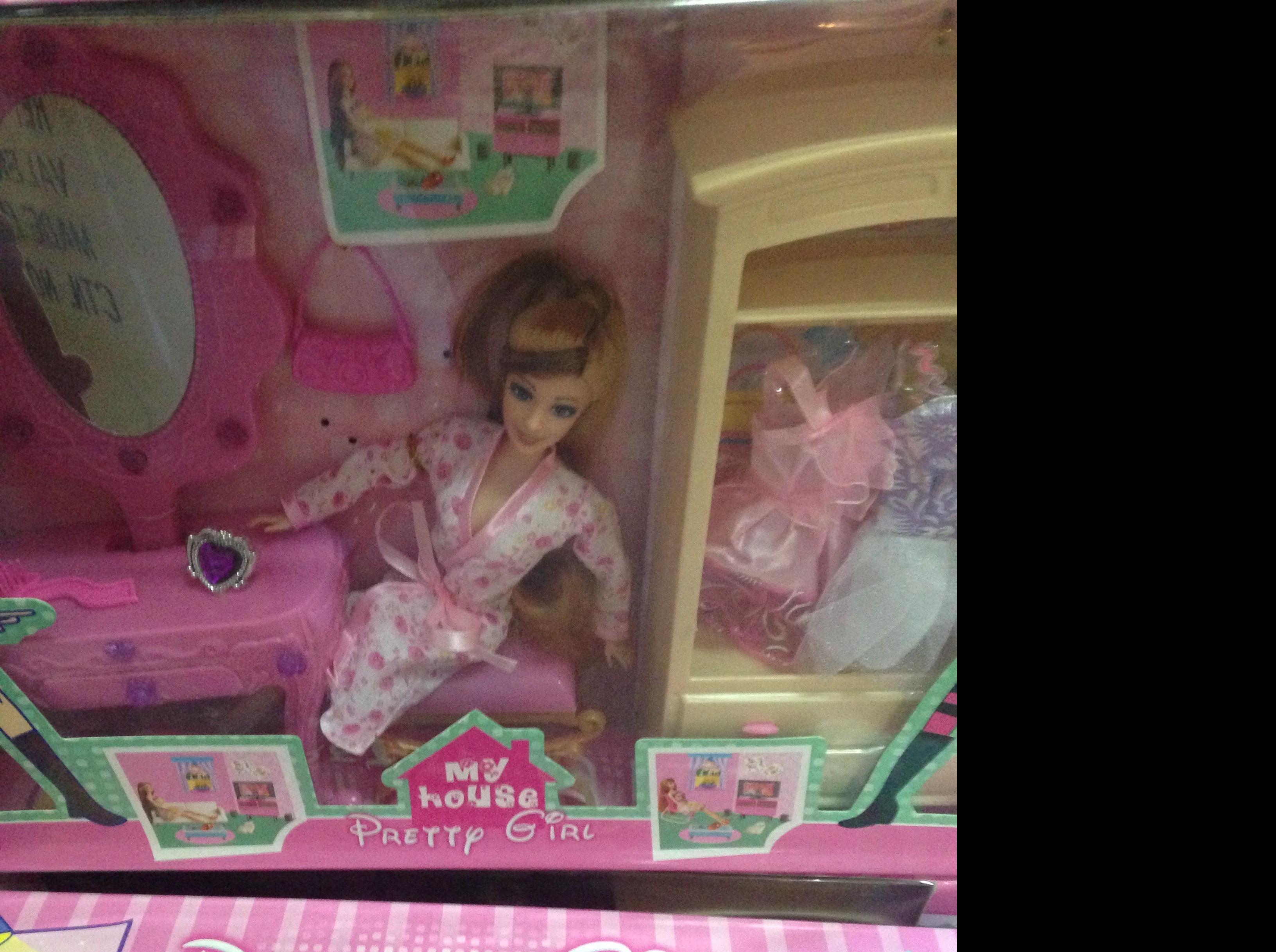 Muneca tipo barbie