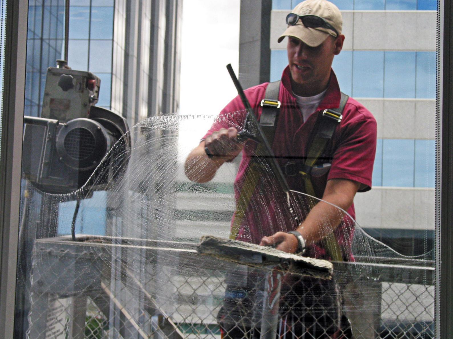 Limpiezas de edificios y locales : Servicios de Limpiezas Cristina Mateo
