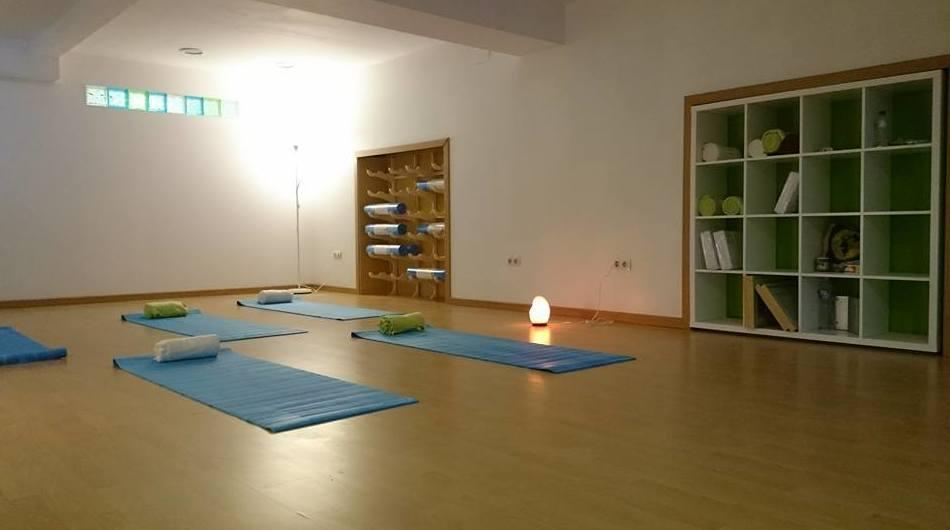 Estudio de yoga y meditación en Gijón
