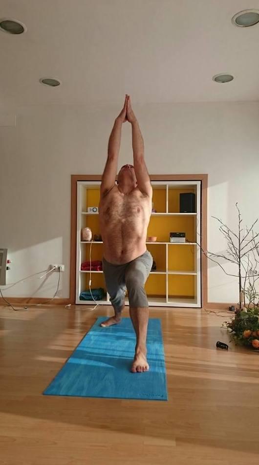 Yoga dinámico en Gijón