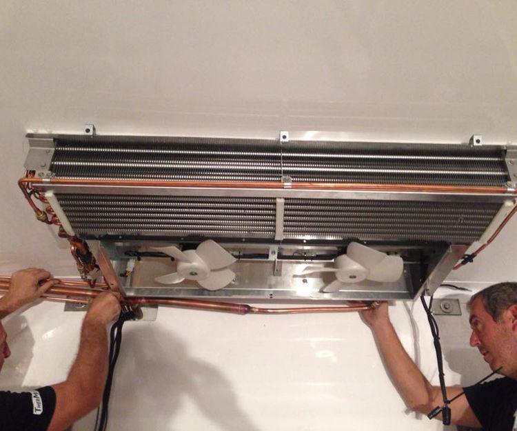 Reparación de equipos de refrigeración para transporte de mercancías