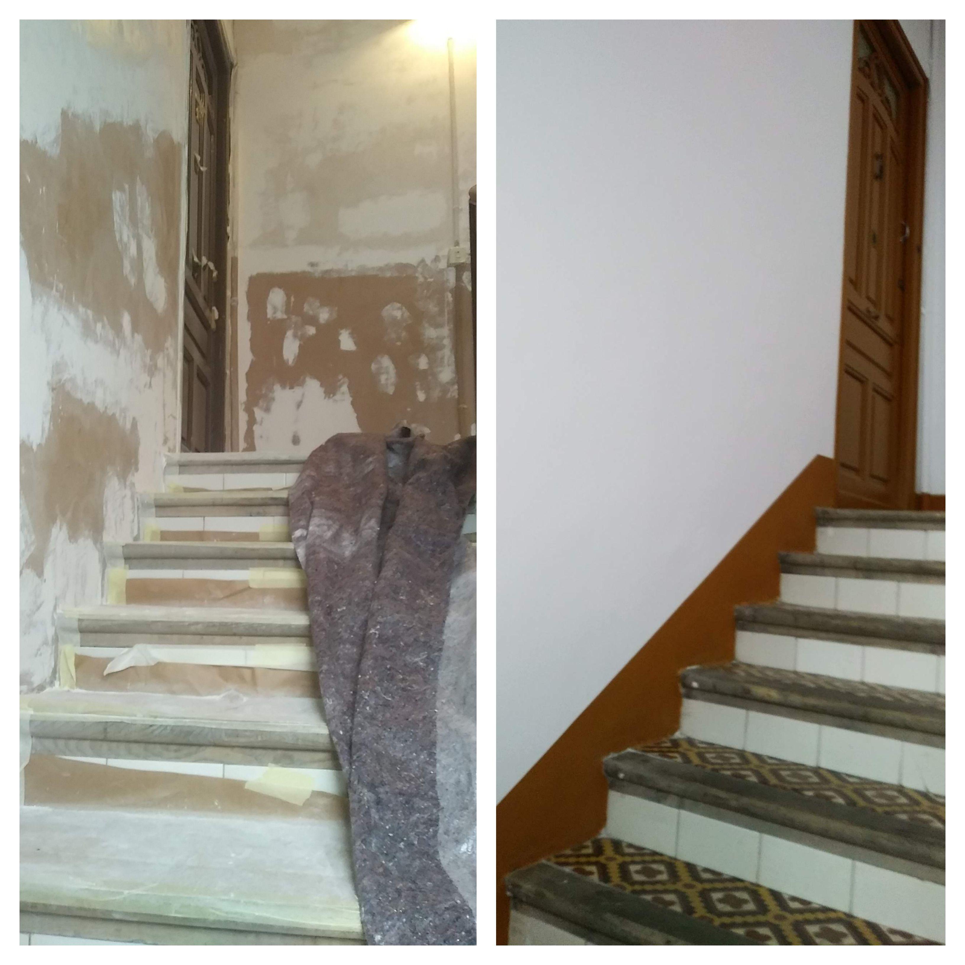 Antes y después recuperación rellano y escalera de edificio