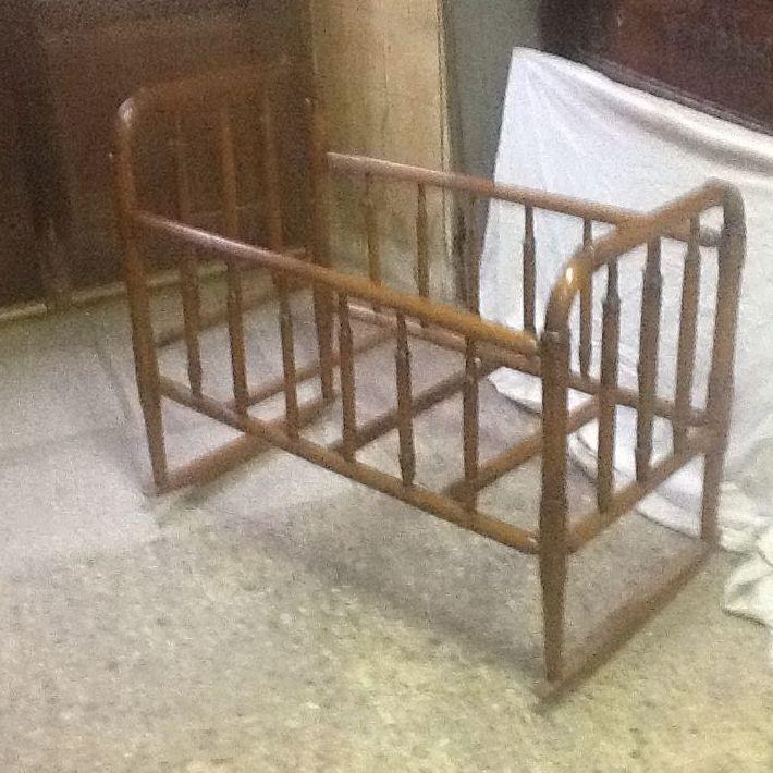 Especialista en restauración de mobiliario de madera en Pamplona