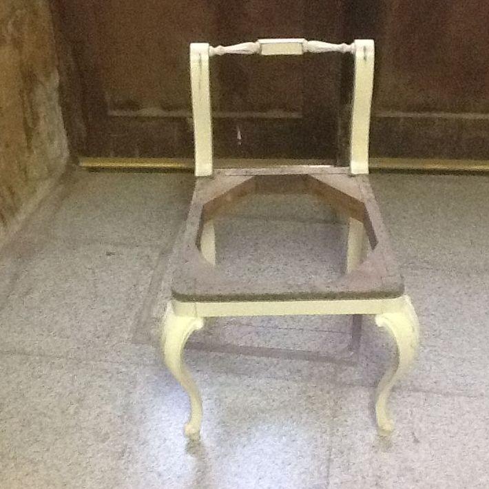 Restauración y tapizado de sillas de madera