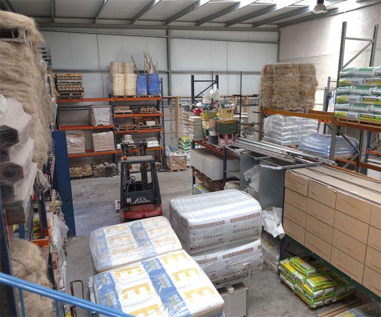 Almacén de venta de material de construcción en Burgos