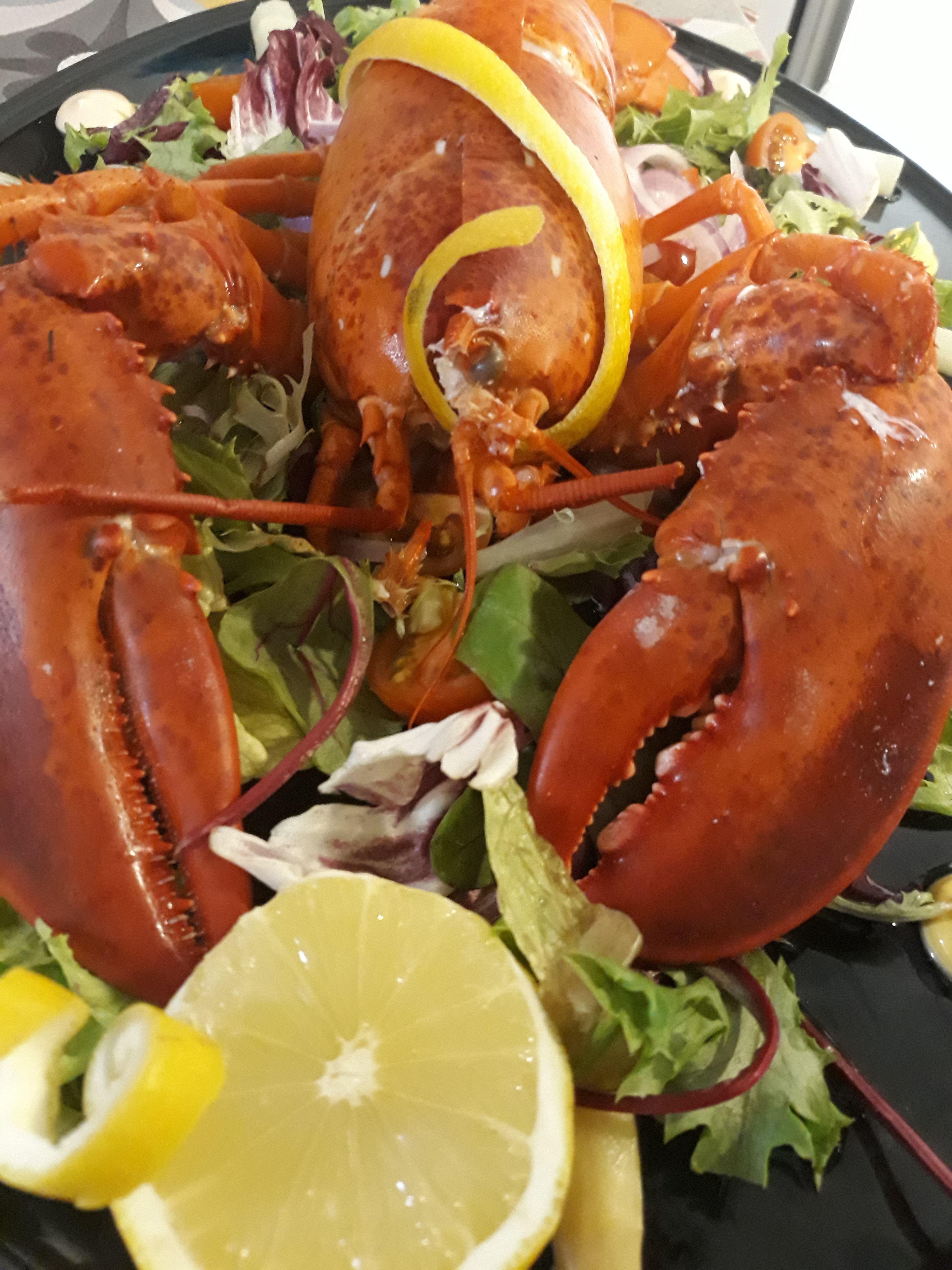 Pescados y mariscos: Carta de Marlin Restaurant
