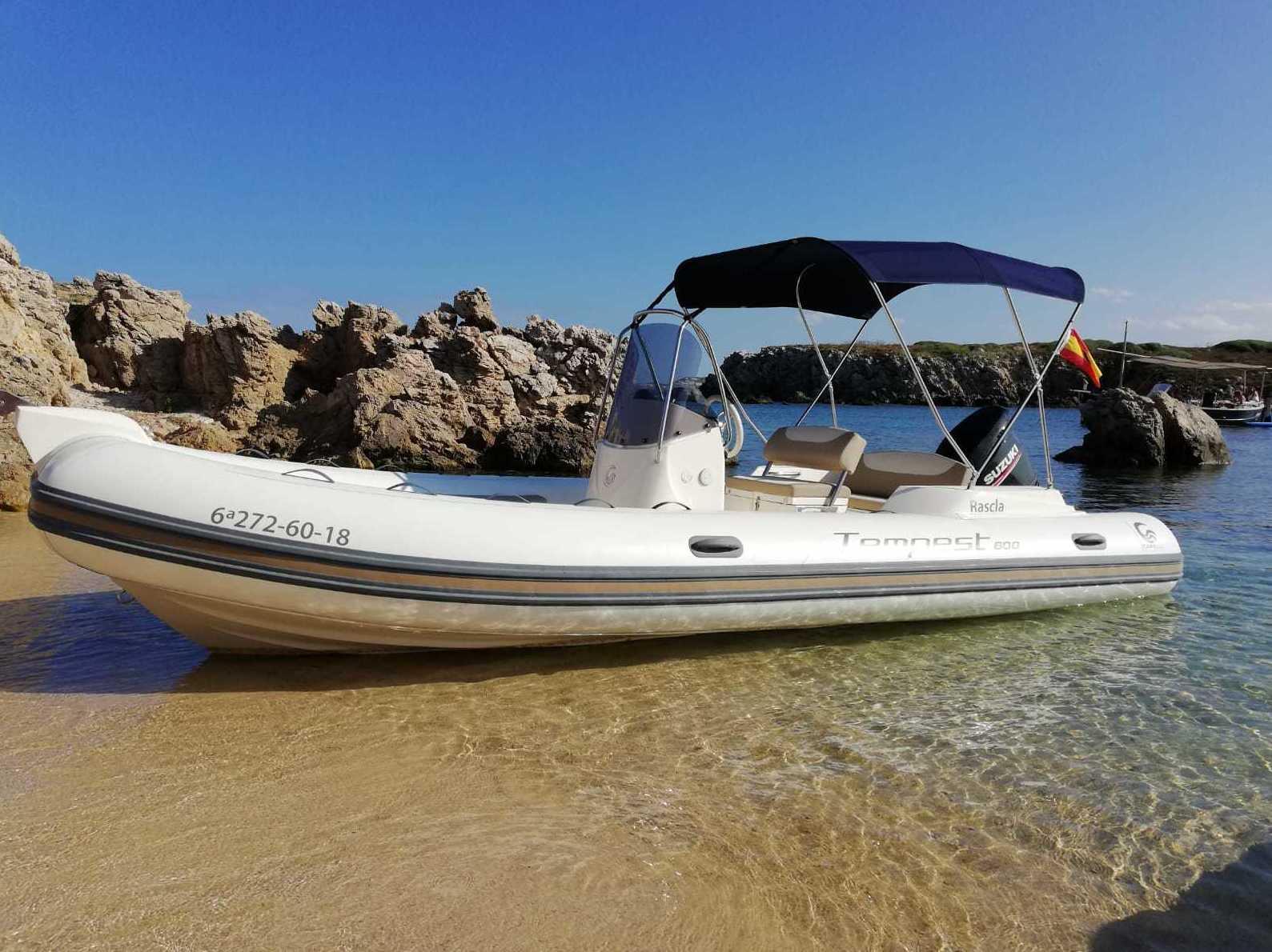 Foto 4 de Venta y alquiler de embarcacione en Port d'Addaia | Náutica Puig