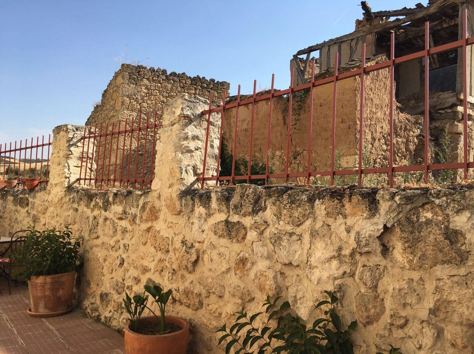 Trabajo de pintura de rejas en Valladolid