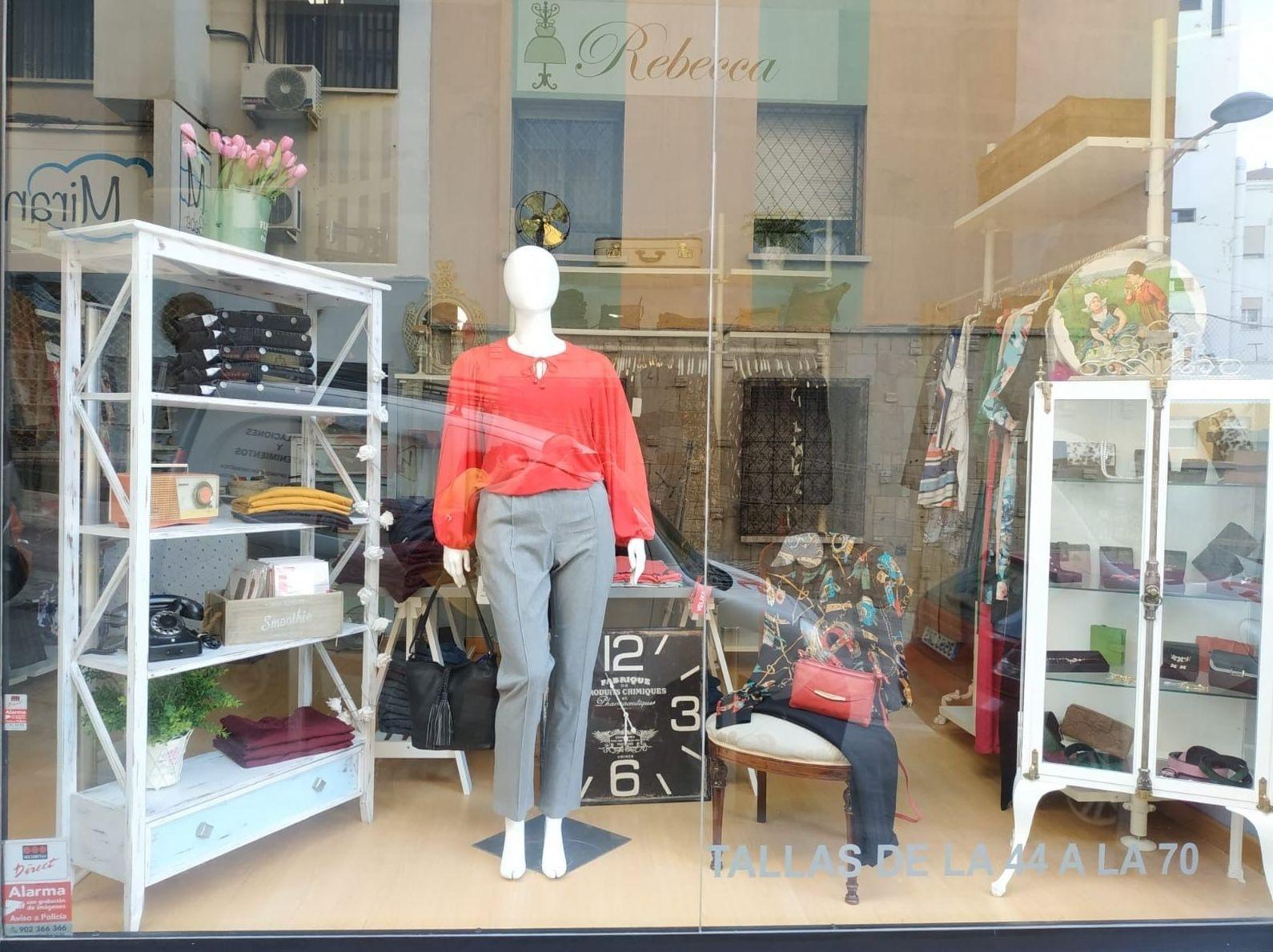 Foto 3 de Tiendas de ropa de mujer en  | Rebecca Tallas Especiales