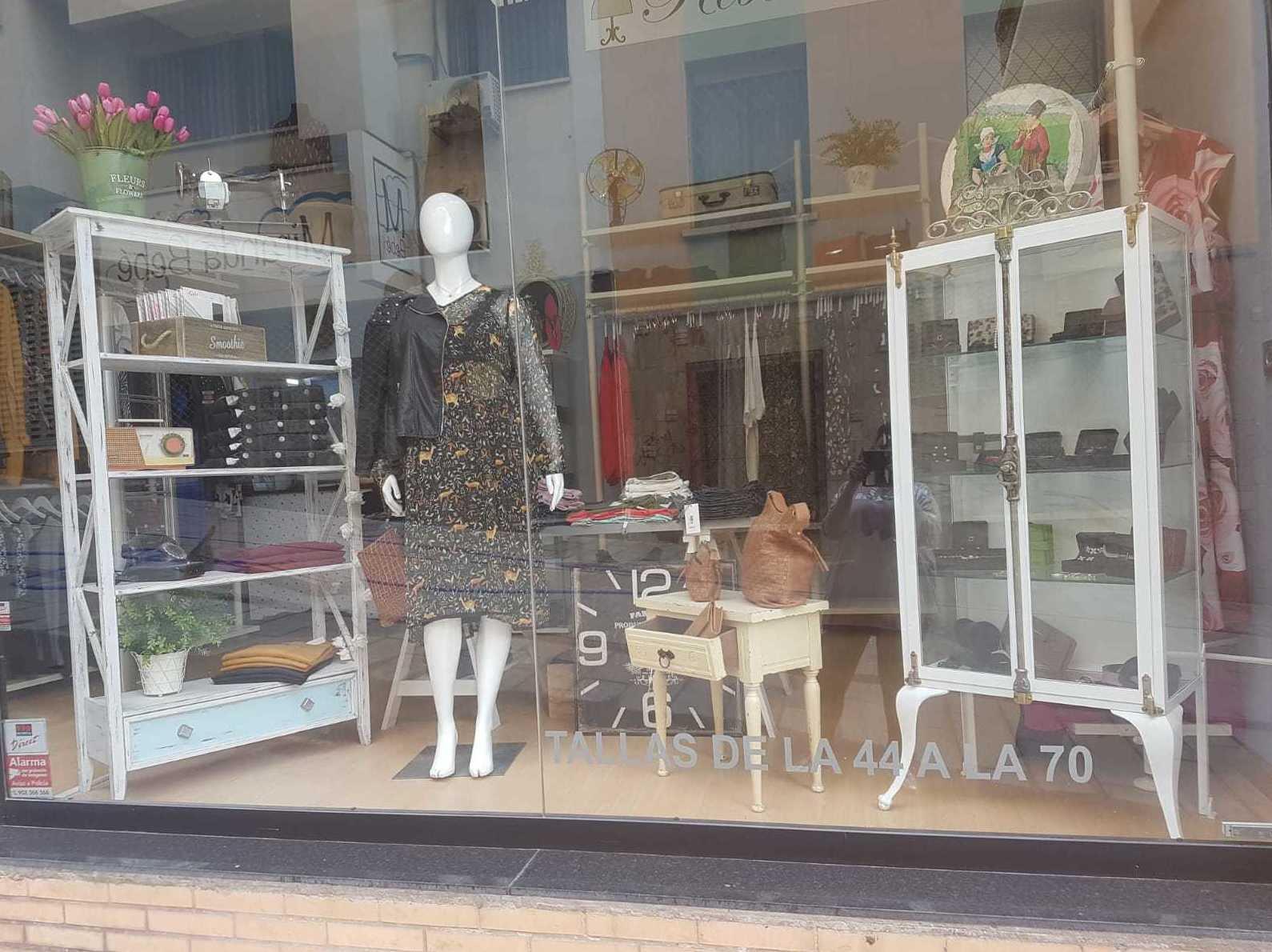 Foto 2 de Tiendas de ropa de mujer en  | Rebecca Tallas Especiales