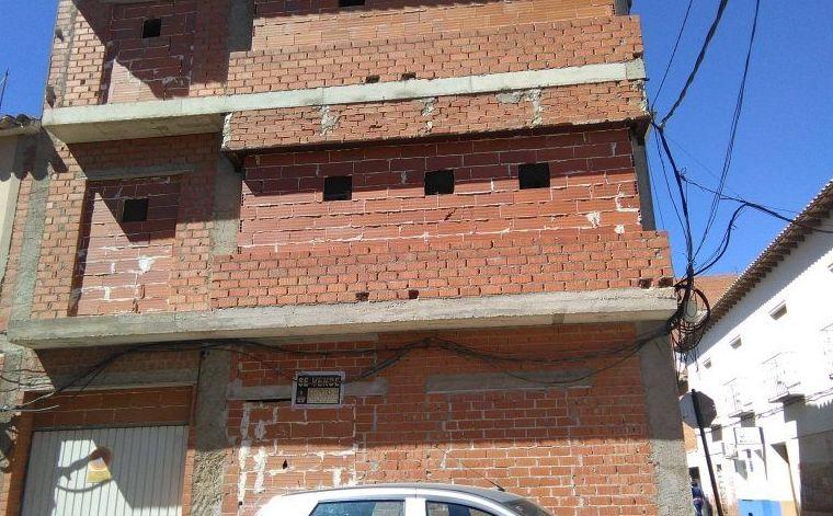 Venta de casa en estructura céntrica: Inmuebles Urbanos de ANTONIO ARAGONÉS DÍAZ PAVÓN
