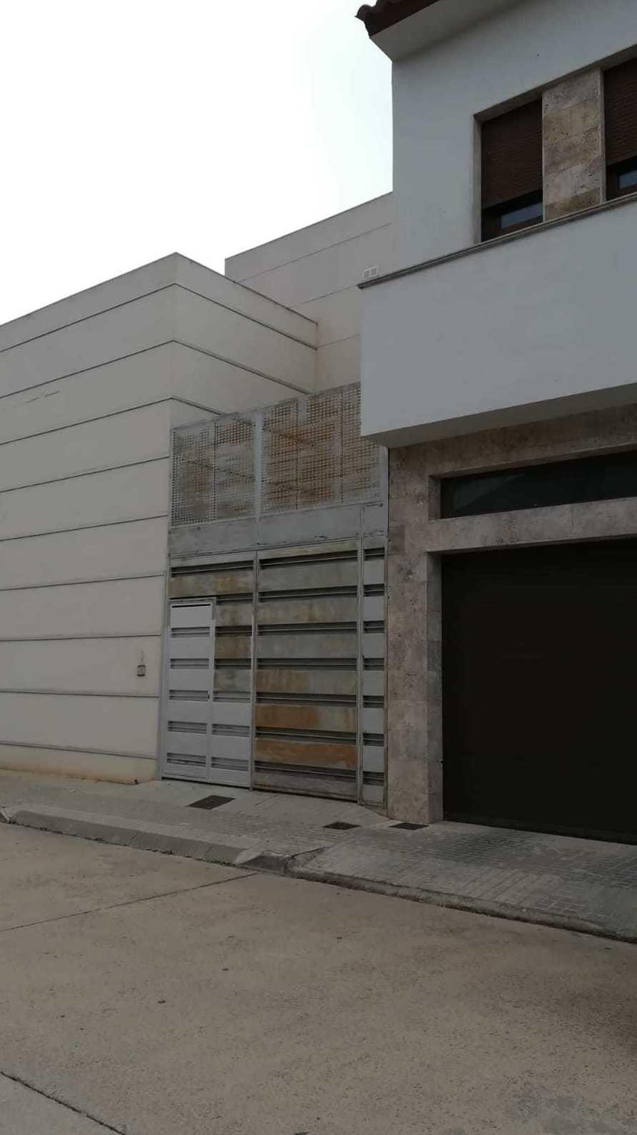 Casa nueva en Torrente Ballester: Inmuebles Urbanos de ANTONIO ARAGONÉS DÍAZ PAVÓN