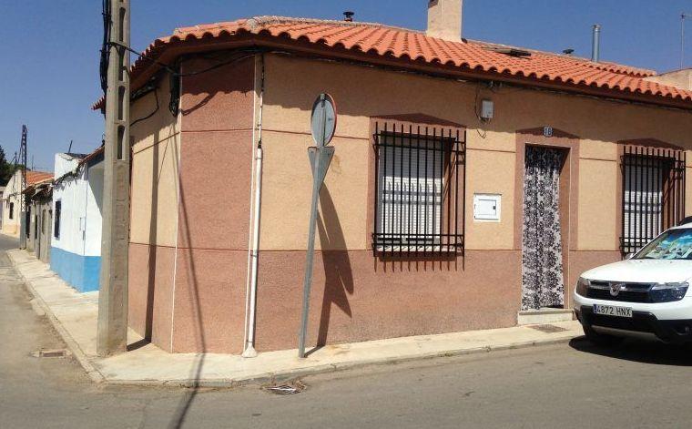 Venta de casa pequeña nueva: Inmuebles Urbanos de ANTONIO ARAGONÉS DÍAZ PAVÓN
