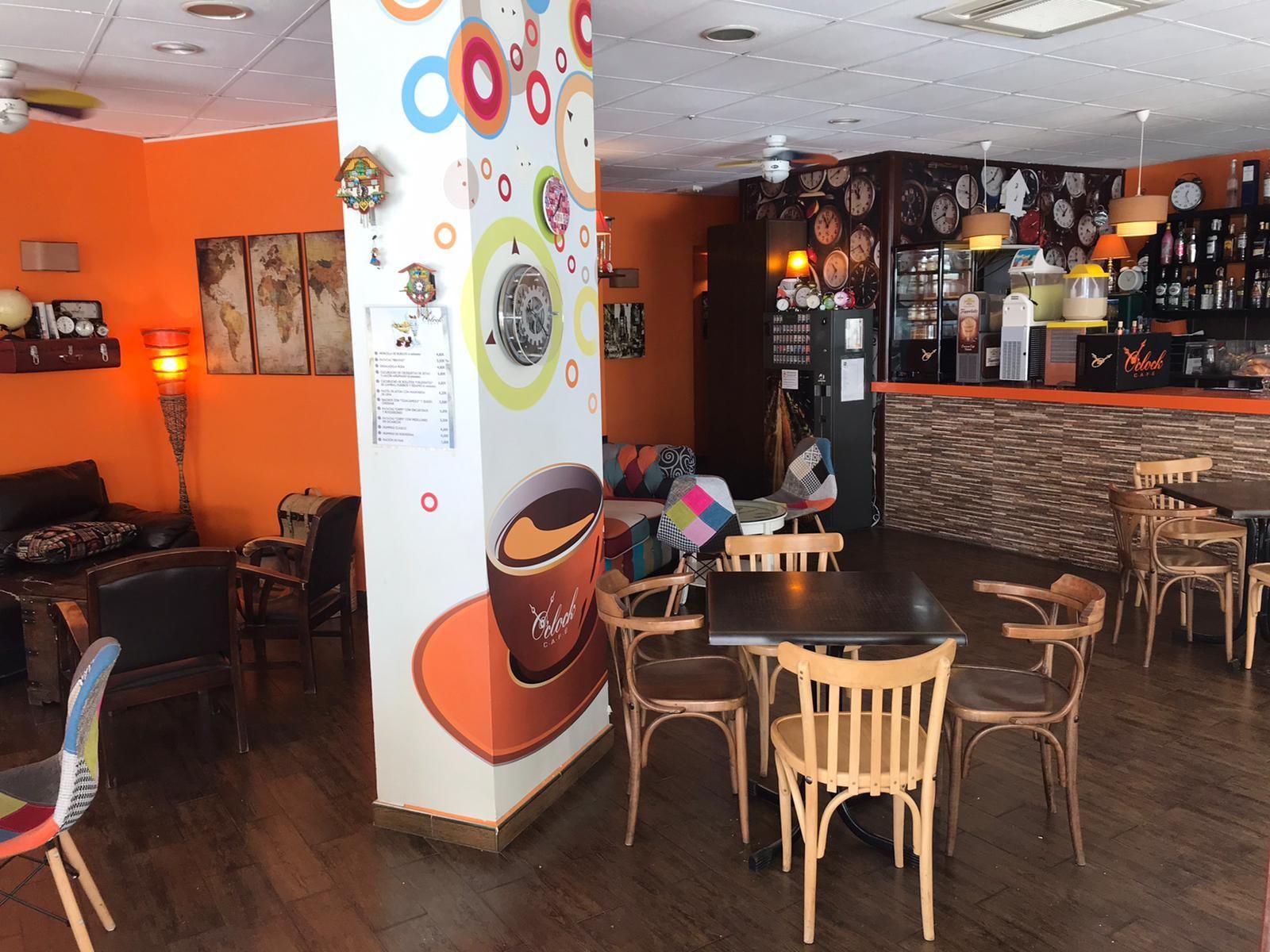 Foto 47 de Restaurante en Valencia | Cafetería Tosteria O´Clock