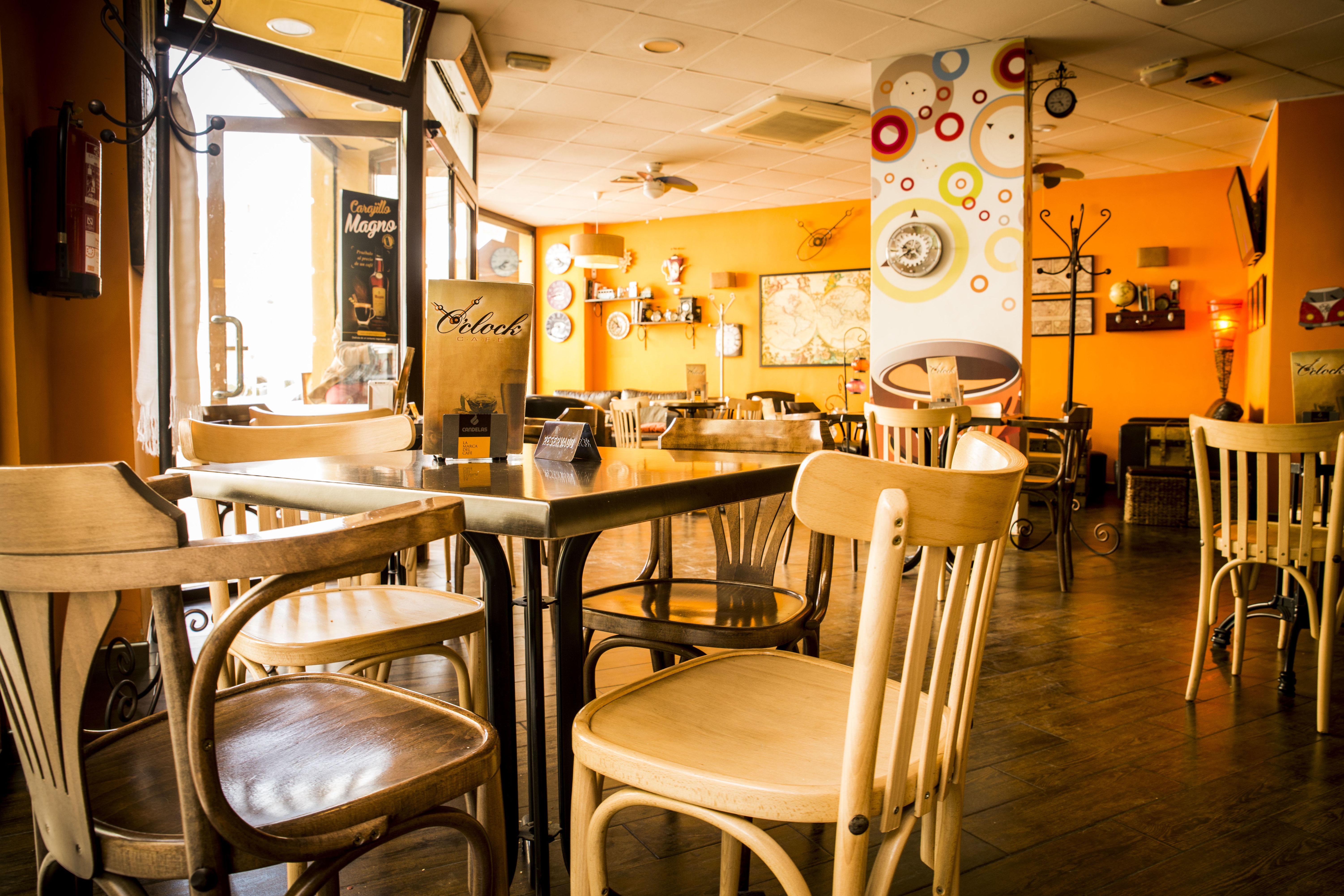 Foto 23 de Restaurante en Valencia | Cafetería O´Clock