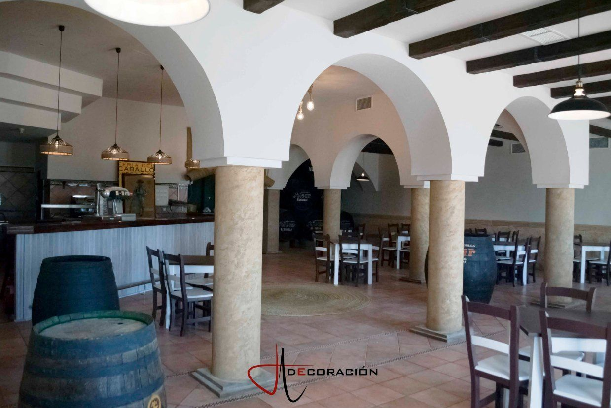Restauración de edificios: Servicios de J. Aragón Decoración