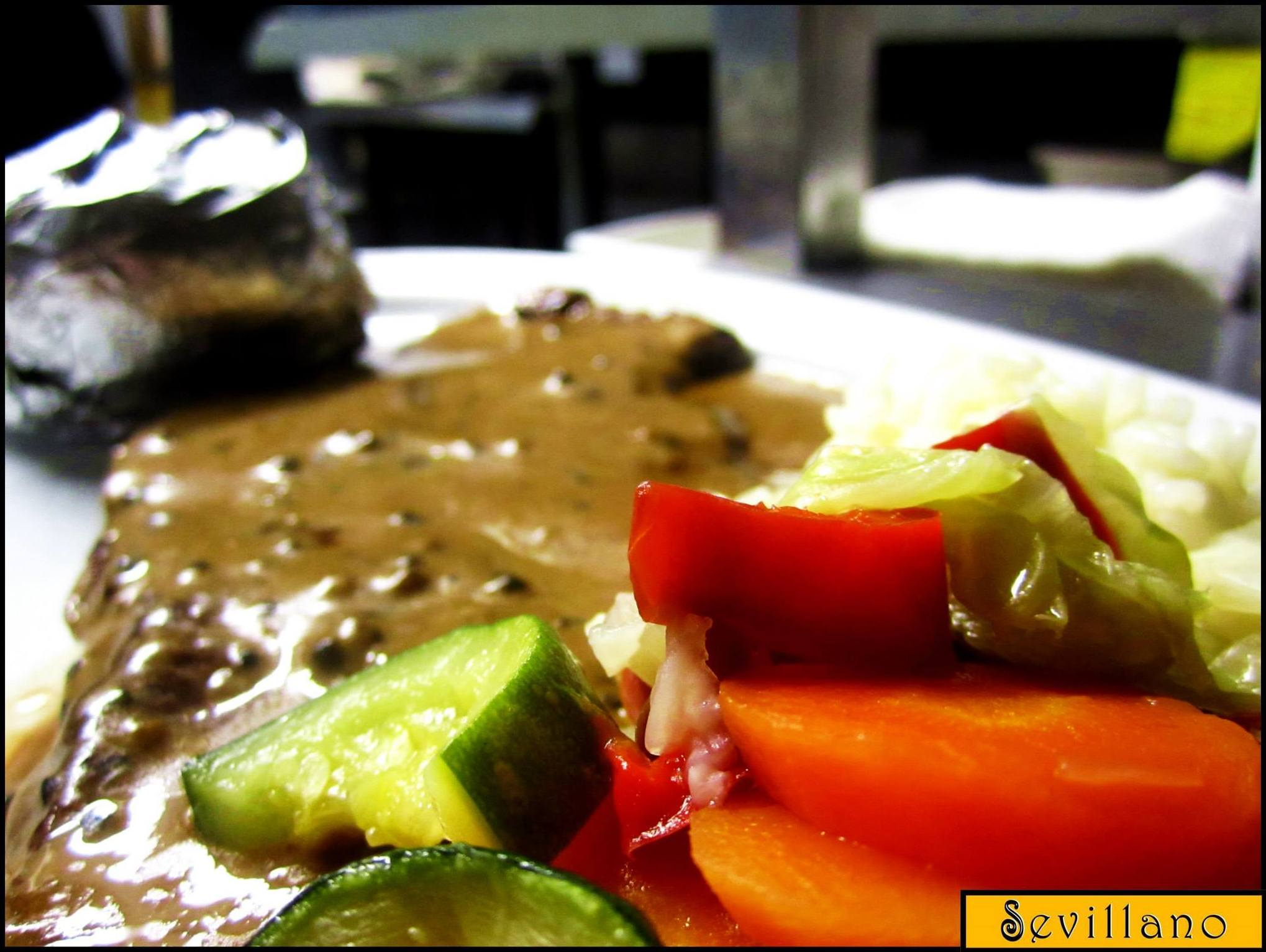 Entrecote with pepper sauce